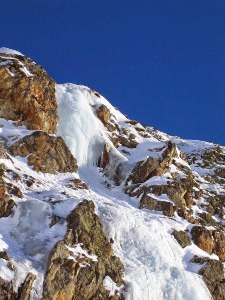 cascade glace alpes huez - janv09 (11)