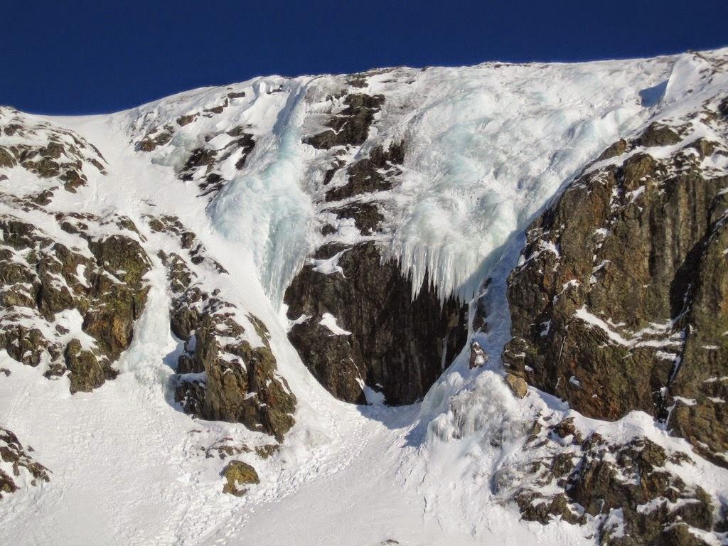 cascade glace alpes huez - janv09 (28)