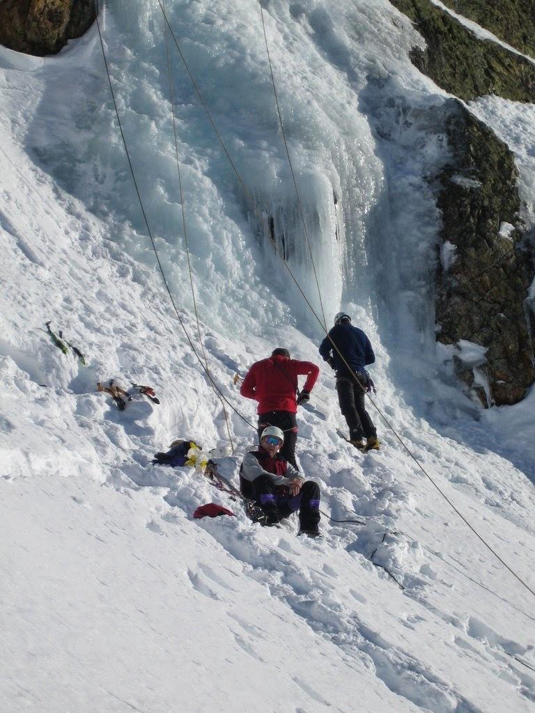 cascade glace alpes huez - janv09 (9)